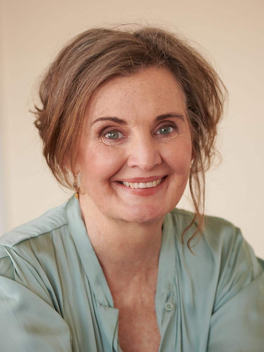 Dr Kerry Howells